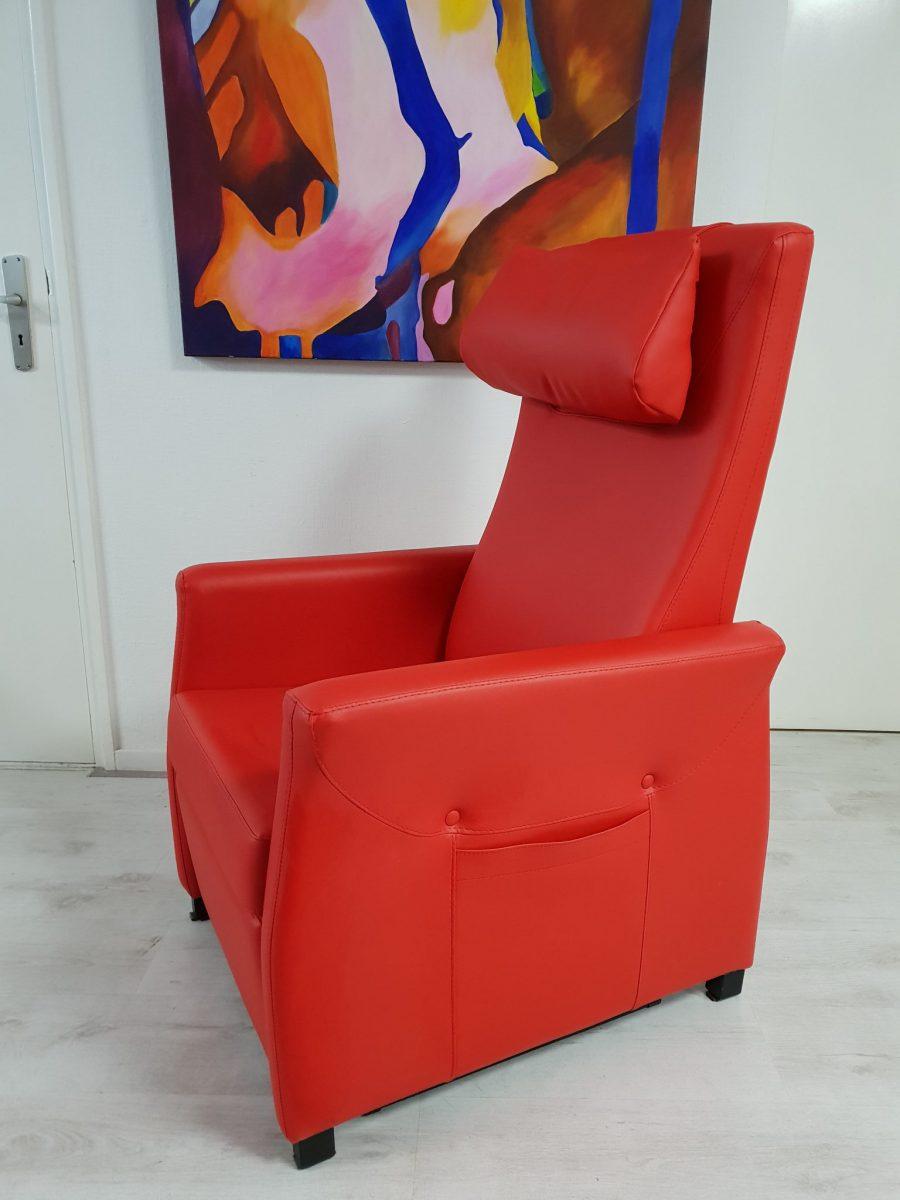 Saliro Mezzo sta op stoel