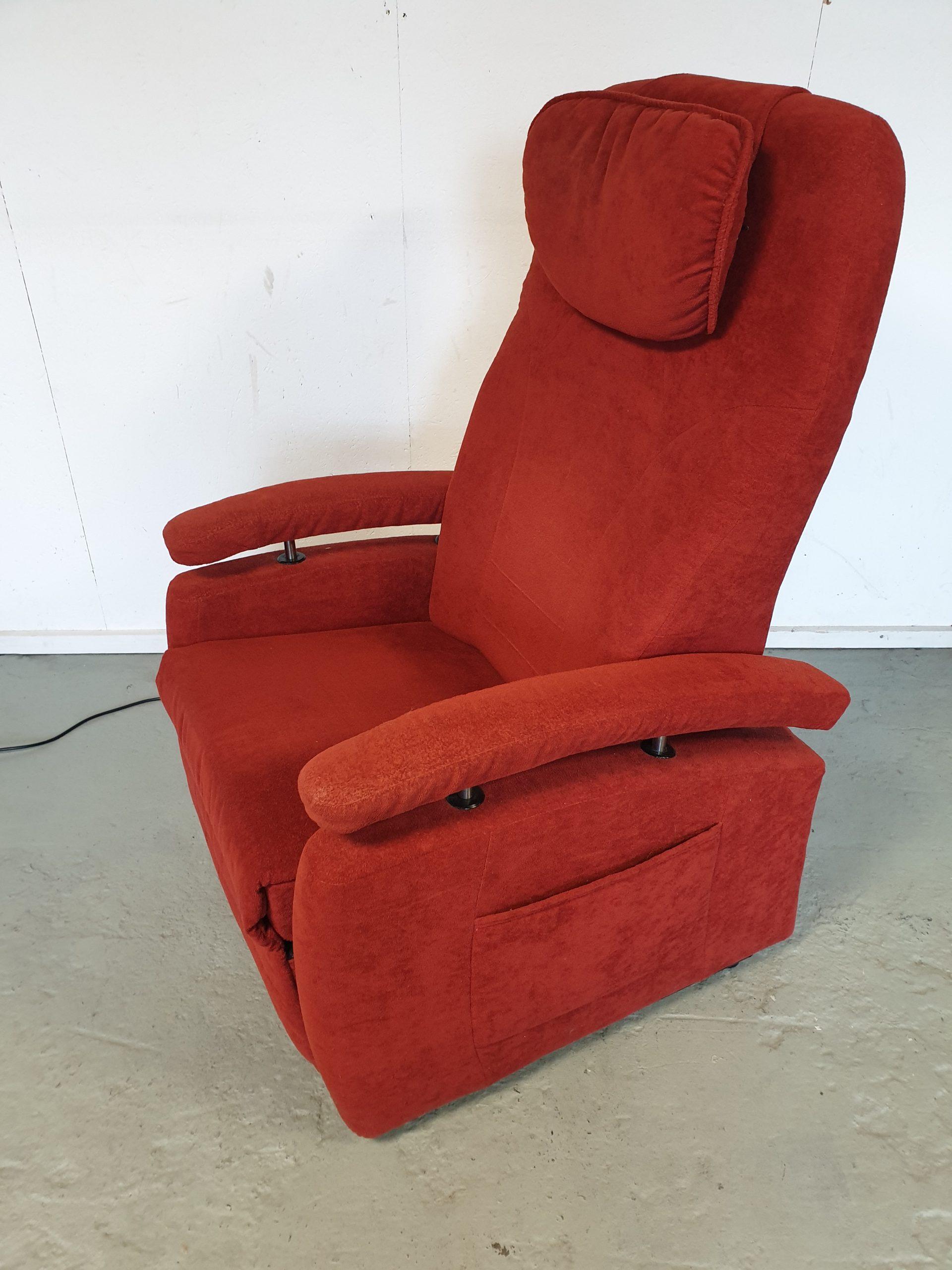 Fitform rood sta op stoel