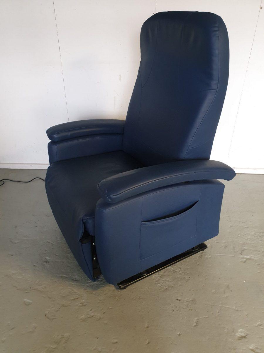 fitform blauw sta op stoel