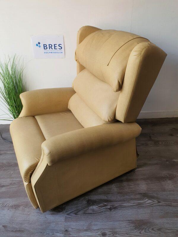 Zachte sta op stoel beige
